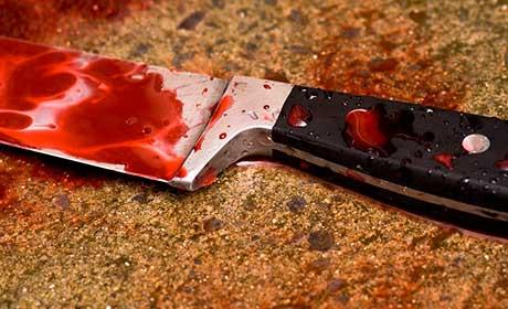 ВПрикамье опекун ударил юношу ножом зазамечание овыпивке