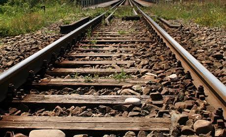 Нетрезвый ребенок попал под поезд иостался живой