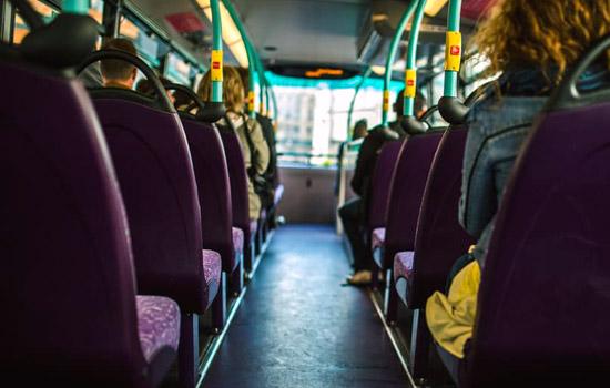 ВПерми вавтобусе пассажир ударил молодого человека ножом
