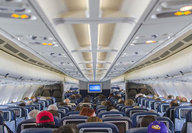 Наперевозки изПерми вКрым заявились авиакомпании «Red Wings» и«Россия»