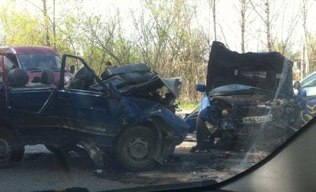 Один человек умер втройном ДТП наулице Новогайвинской вПерми