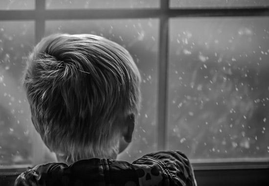 ВПрикамье наулице найден полураздетый двухлетний сын