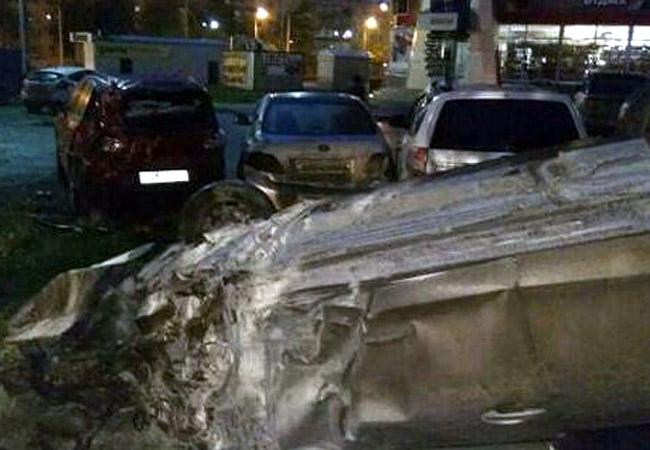 ВПерми нетрезвый лихач разбил 4 авто