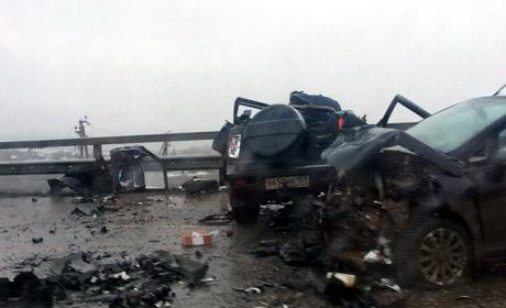 Два человека погибли вмассовом ДТП натрассе Пермь