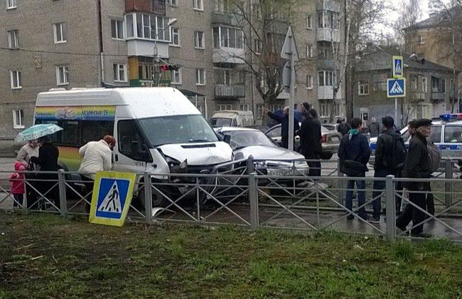 ВПерми арестовали водителя маршрутки, который сбил 2-х человек